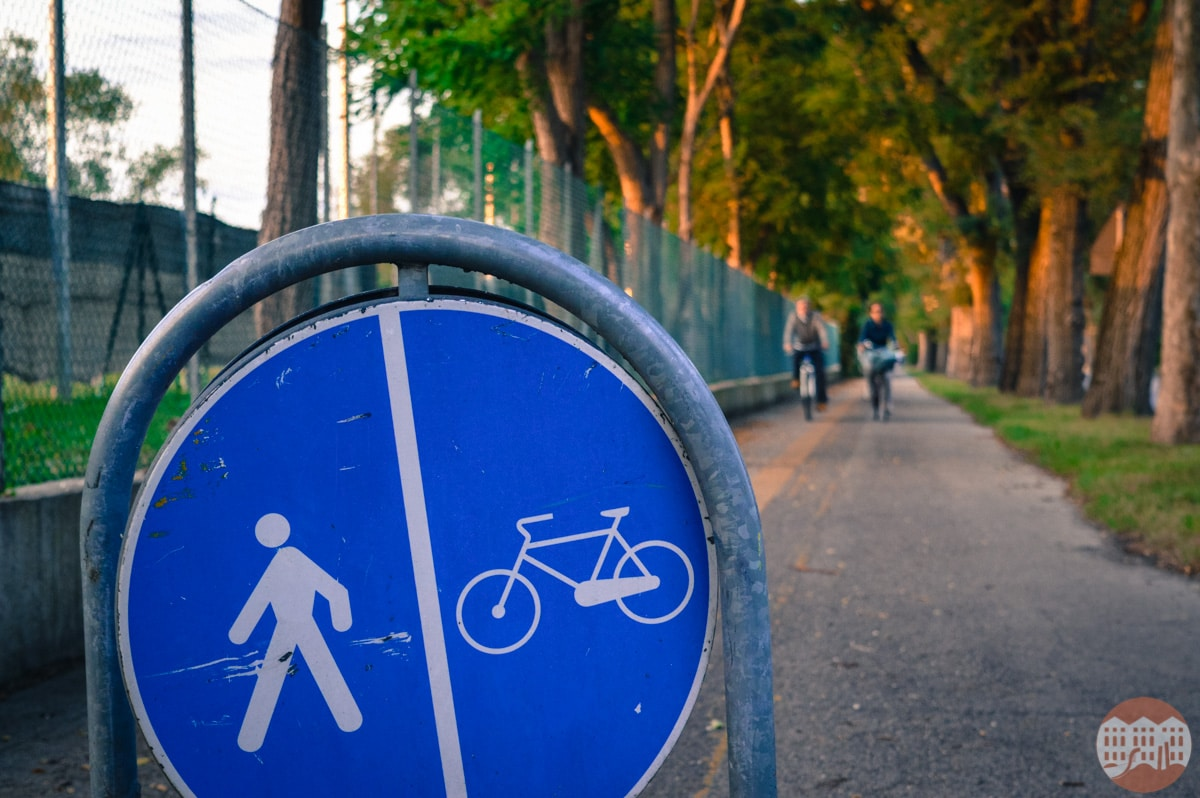 lido by bycicle